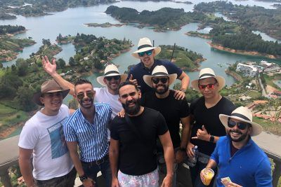 TOUR A GUATAPÉ – DESDE $130.000 COP POR PERSONA