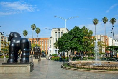 WALKING TOUR EN MEDELLÍN – DESDE $50.000 COP POR PERSONA